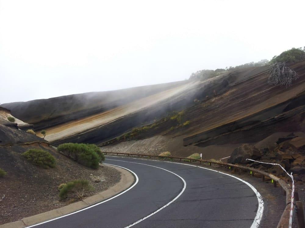 Gesteinsschichten Teide Teneriffa