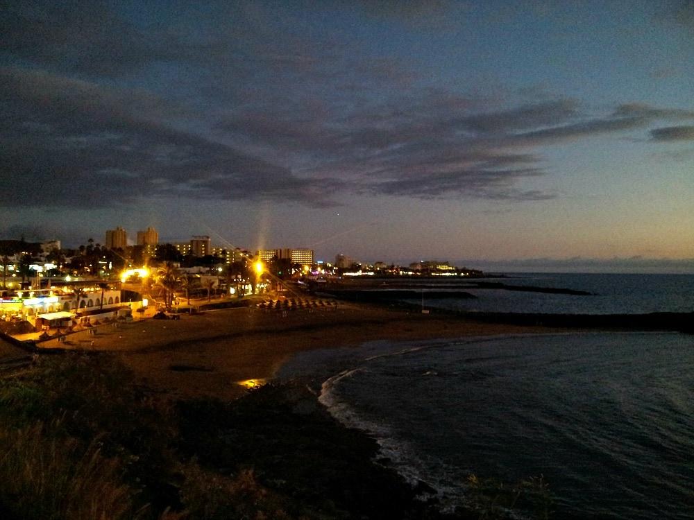 Playa Adeje Teneriffa bei Nacht