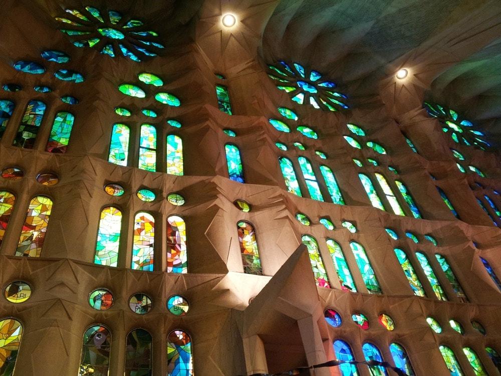 Sagrada Familia von Innen Lichter