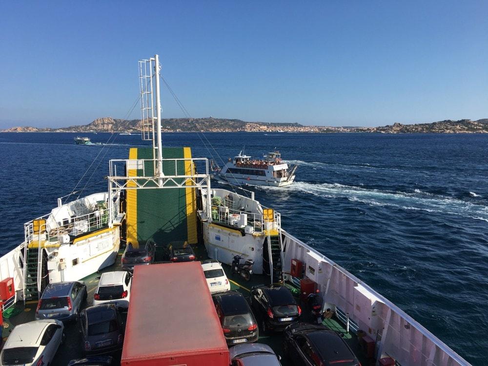 Sardinien Reisetipps - Fähre Palau nach La Maddalena