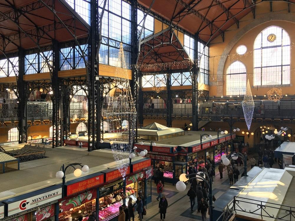 Grosse Markthalle Budapest Reisetipps