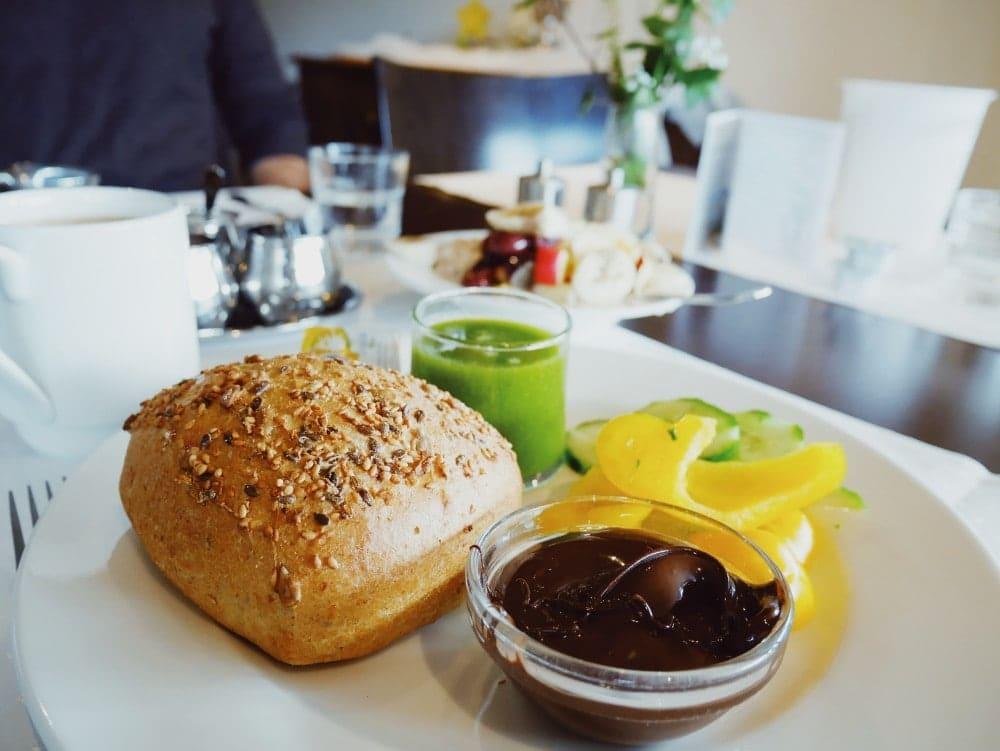 Waldhotel am Notschreipass veganes Frühstück