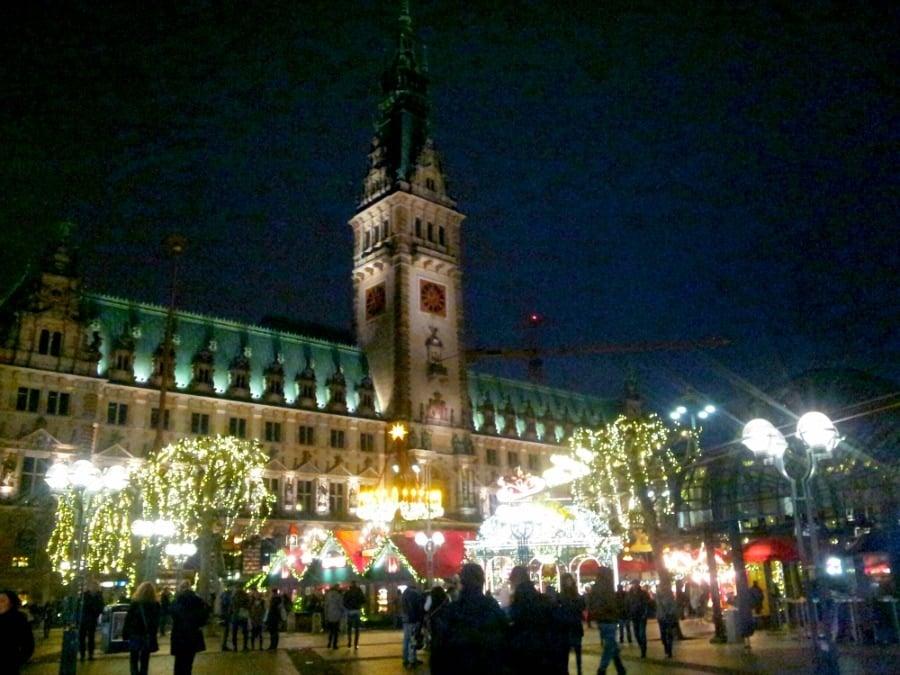 Weihnachtsmarkt Hamburg Rathaus
