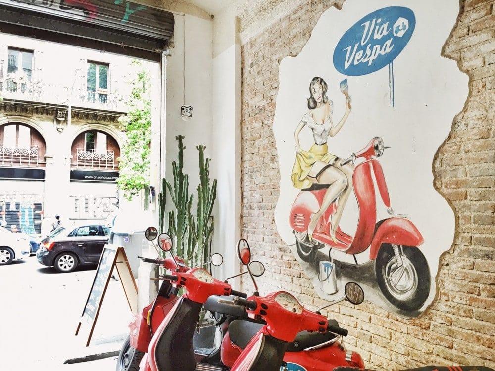 Via-Vespa-Roller-Verleih-Barcelona